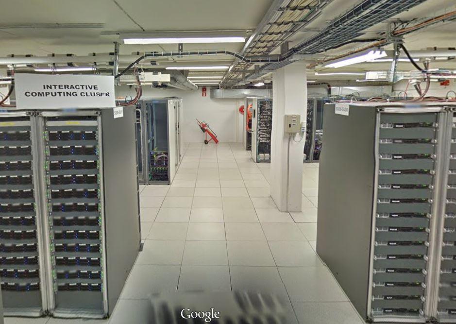 Wirtualny spacer po serwerowni Europejskiej Organizacji Badań Jądrowych